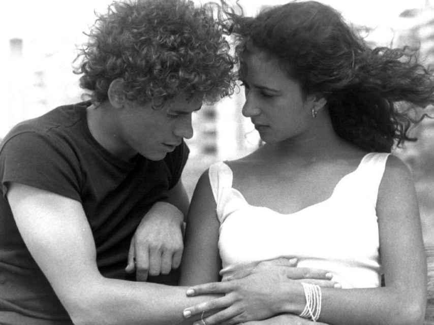 Manzano y Rosario Flores en Colegas.