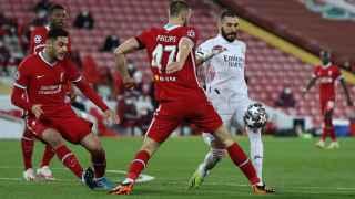 El Madrid aguanta en Anfield y se clasifica