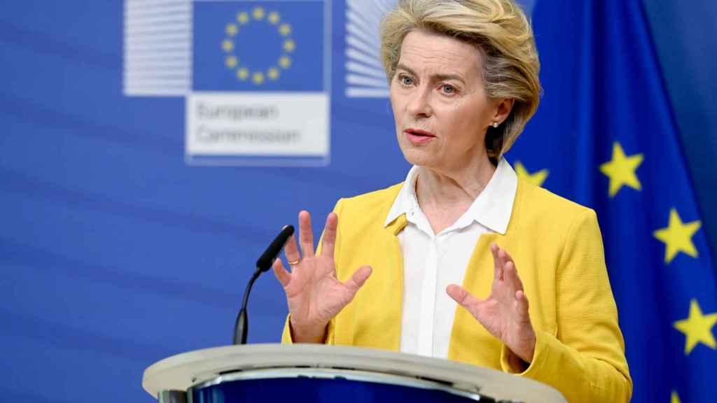 Ursula von der Leyen, durante el anuncio del acuerdo con Pfizer este miércoles