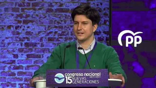 Diego Gago durante su aplaudida intervención en el acto.