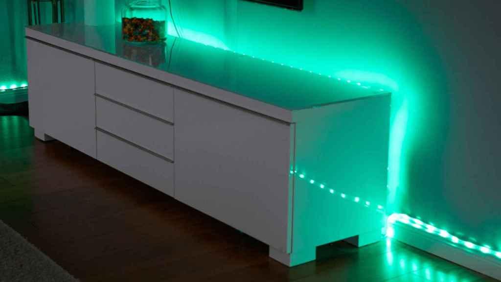 Ejemplo de la tira LED puesta.
