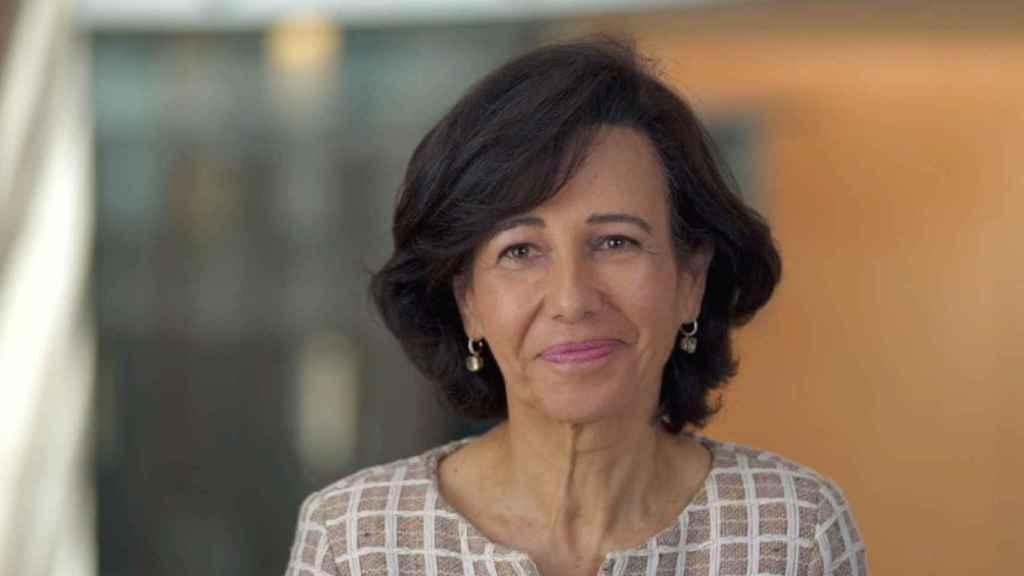 Ana Botín, presidenta de Santander, durante su participación en el simposio 'Wake up, Spain!', organizado por EL ESPAÑOL, Invertia y D+I.