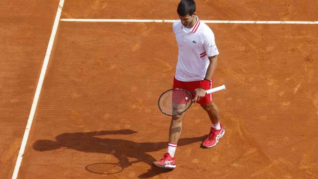 Novak Djokovic abandona la pista del Masters 1000 de Montecarlo