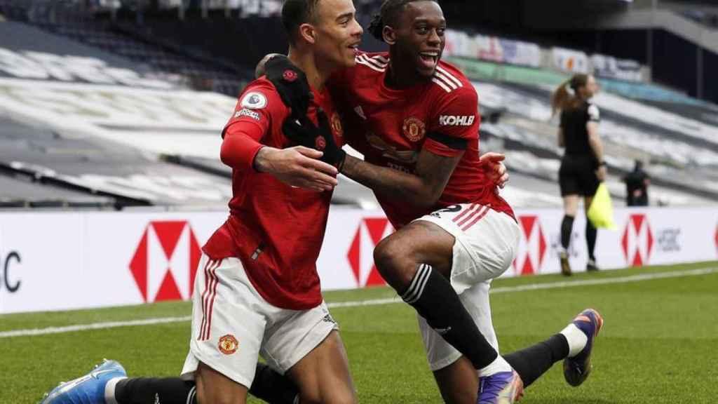 McDominay celebra su gol con el Manchester United