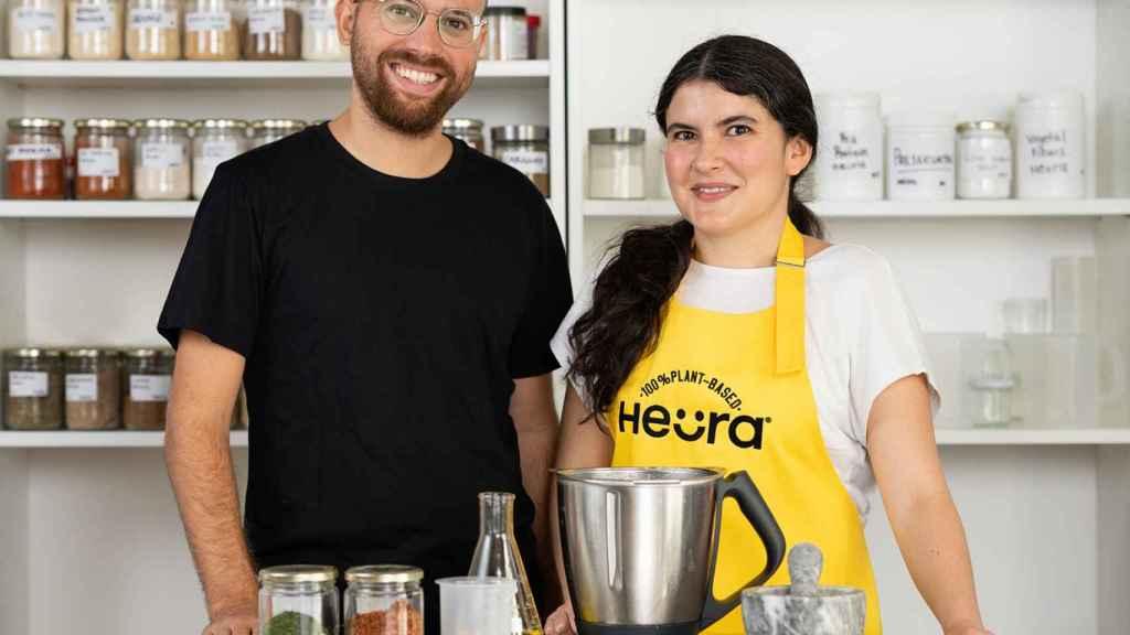 Lorena Salcedo, directora de Desarrollo de Nuevos Productos, junto a Marc Coloma, CEO y cofundador.