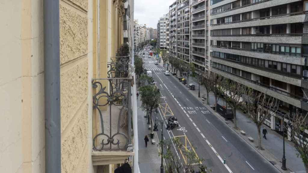 Vista de la calle Colón desde el interior del edificio.