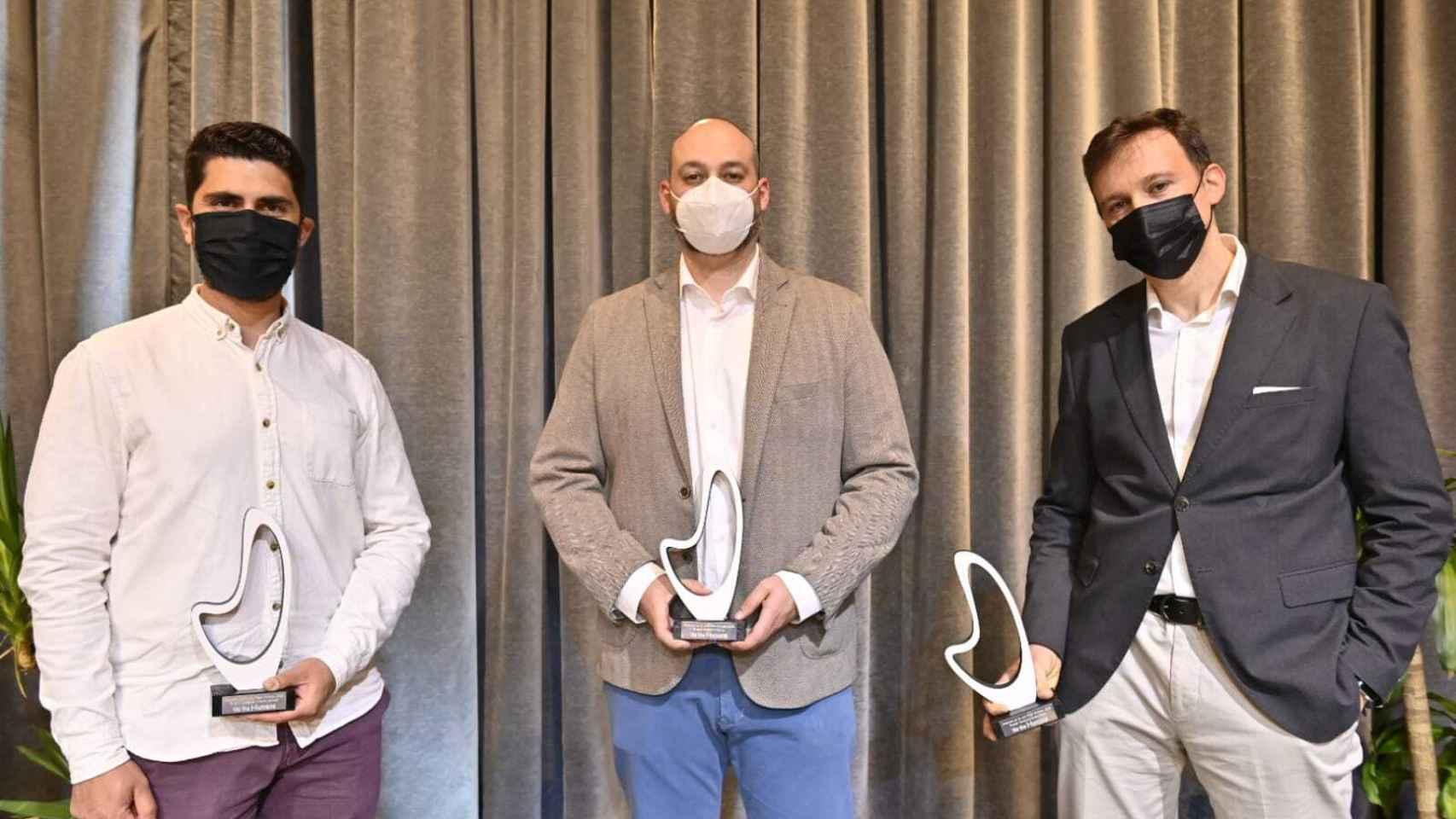 Los tres ganadores del concurso de We The Humans en las categorías de emprendedores, startups y gran empresa.