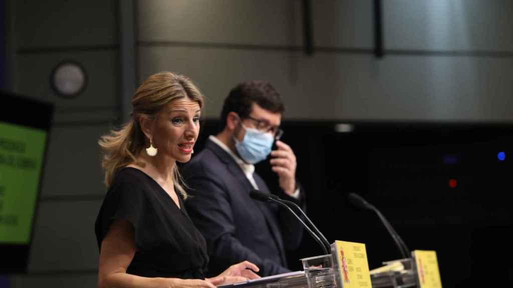 Yolanda Díaz, vicepresidenta tercera y ministra de Trabajo, en 'Wake up, Spain', y Joaquín Pérez Rey, secretario de Estado de Empleo.