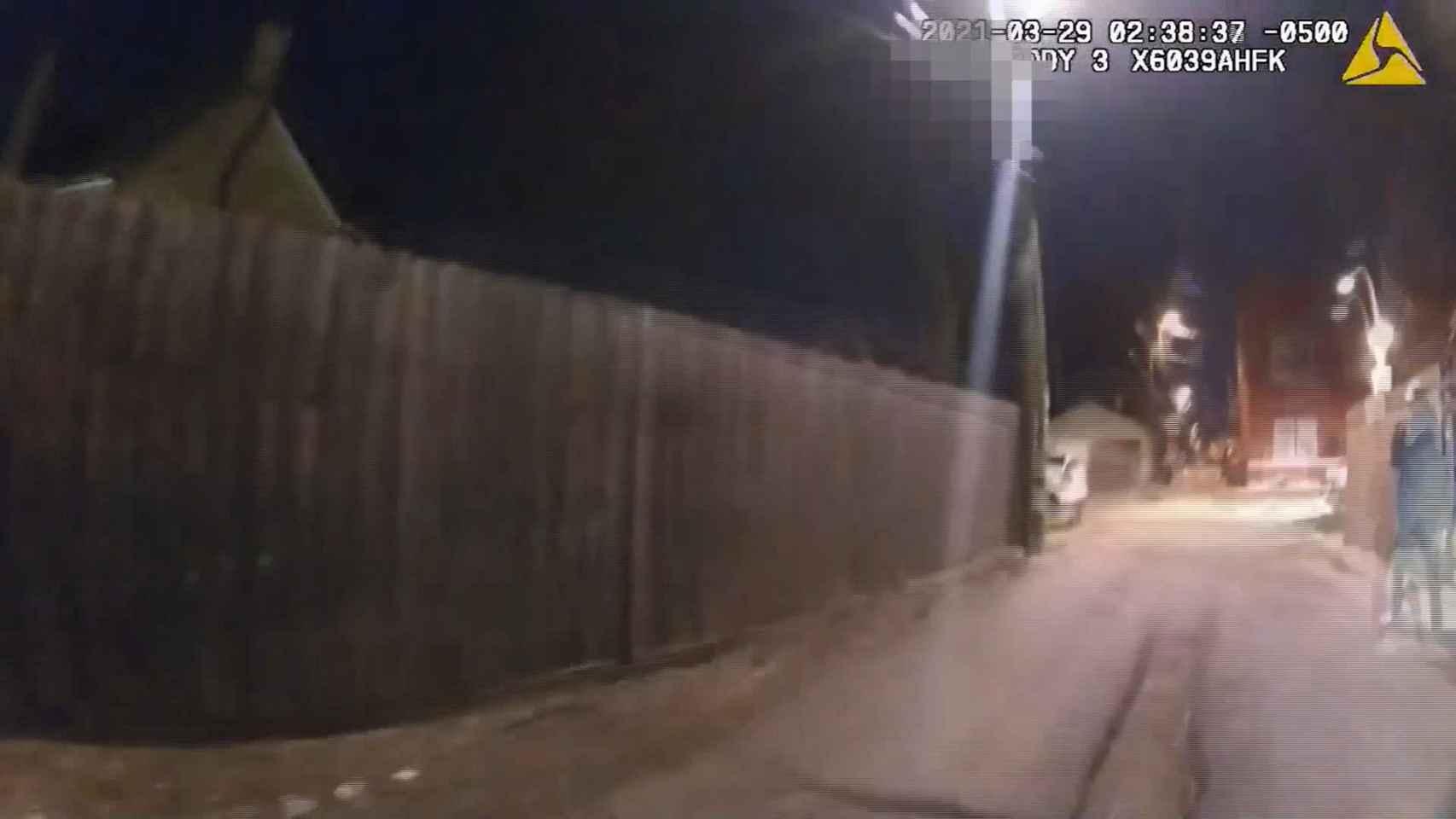La Policía de Chicago mata a Adam Toledo, un chico de 13 años con los brazos en alto