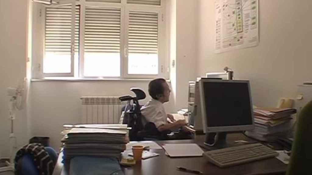 Pablo Echenique, en su despacho de la universidad en 2008.