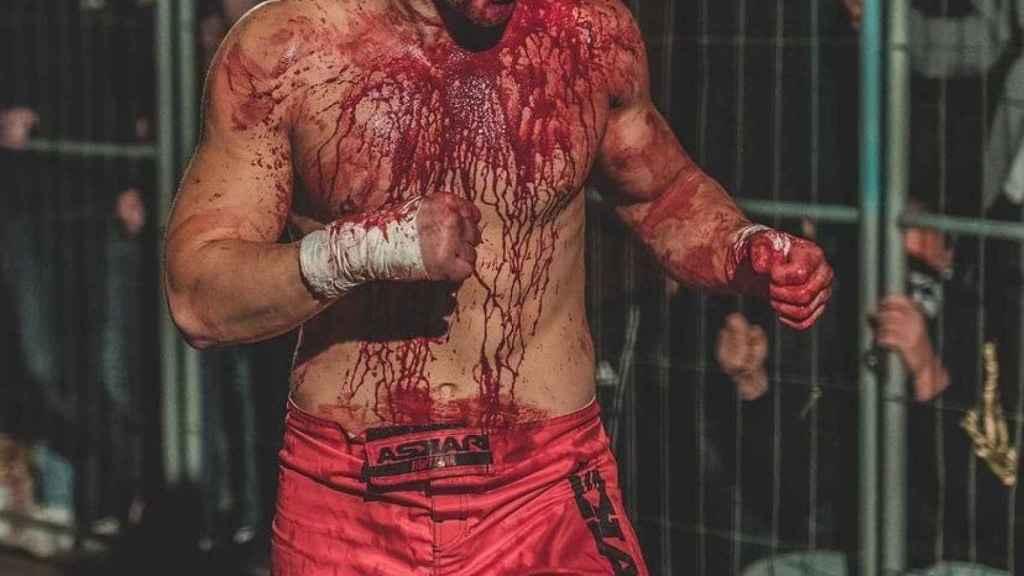 Un luchador del KOTS.