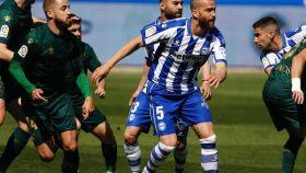 Partido entre el Alavés y Huesca de la jornada 33 de La Liga 2020/2021