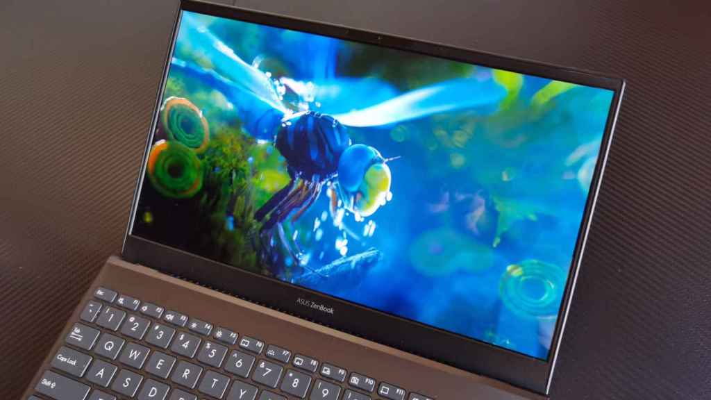 Colores vibrantes y buen brillo en el Asus ZenBook 13 OLED