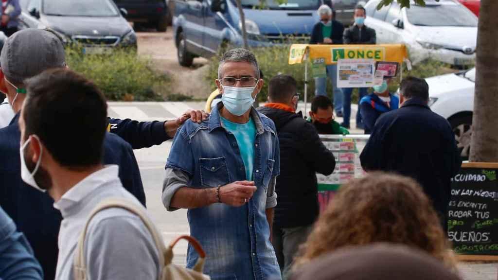 Francisco M., el presunto agresor de Isa Ruiz, a su llegada a la Audiencia de Málaga, este lunes.