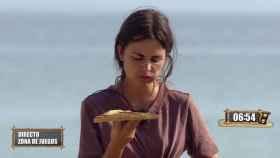'Supervivientes' obliga a Alexia Rivas a comer tras más de un día sin hacerlo