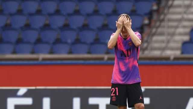 Ander Herrera se lamenta en un partido del PSG