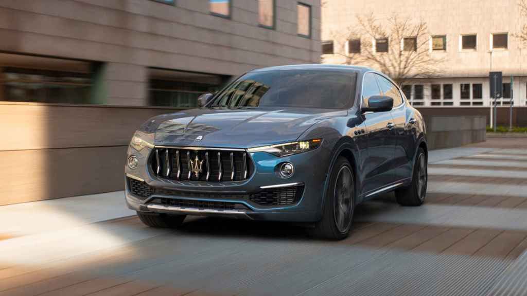 Maserati presenta el nuevo Levante microhíbrido, con hasta 330 caballos.