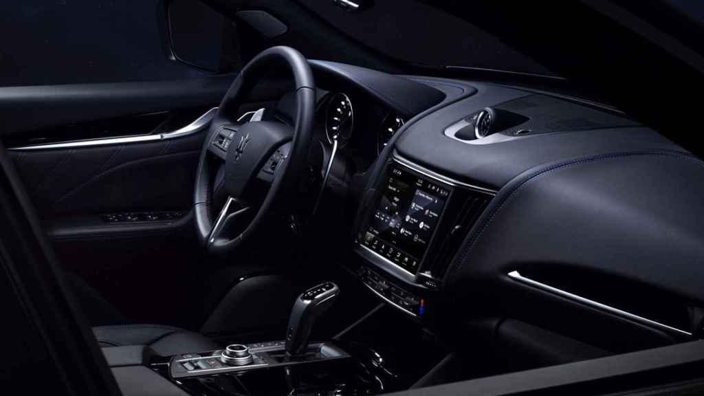 Interior del Maserati Levante Hybrid.