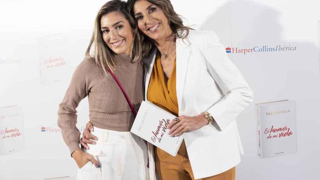 Paz Padilla junto a su hija en la presentación de su libro.
