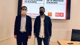 Toni Francés (PSOE) y Gerard Fullana (Compromís), en su rueda de prensa conjunta.