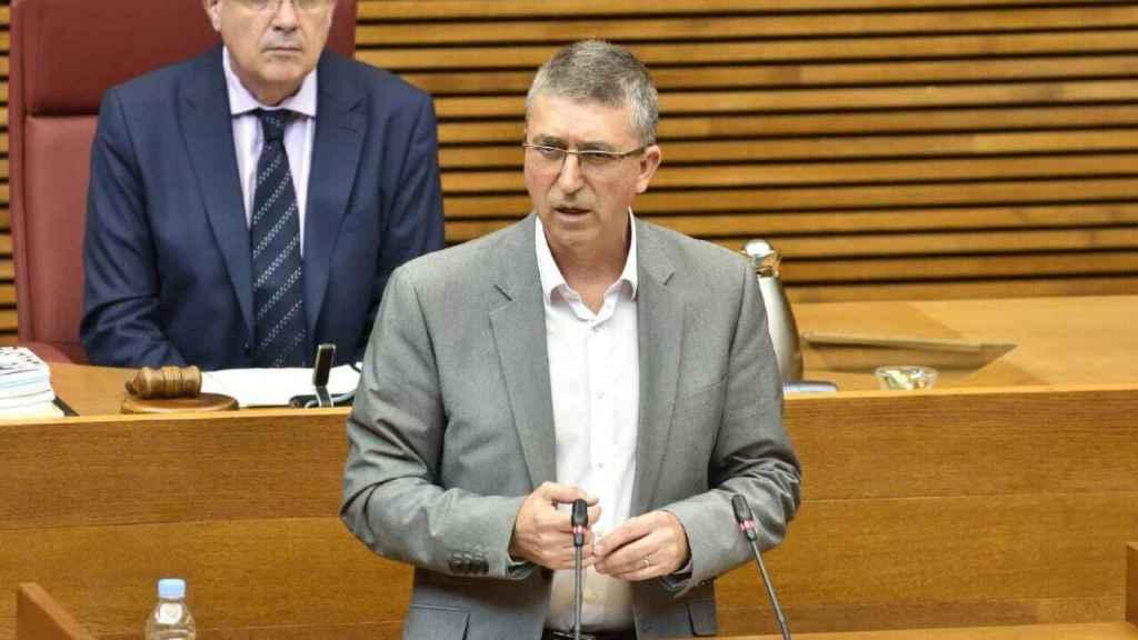 El conseller de Economía, Rafa Climent, en las Cortes valencianas.