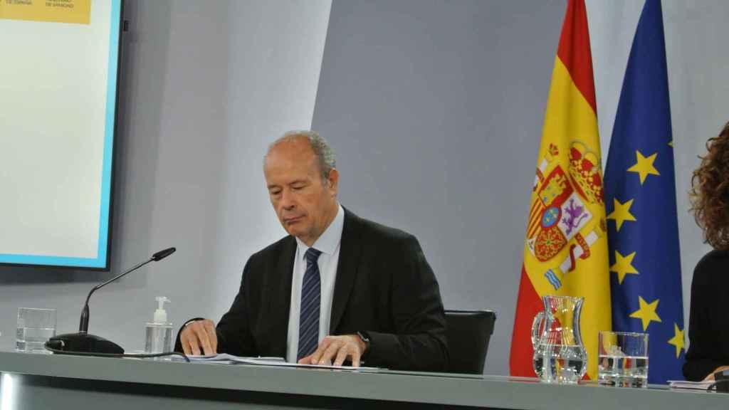 Juan Carlos Campo, ministro de Justicia, en la rueda de prensa posterior al Consejo de Ministros.