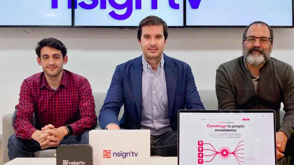 De izquierda a derecha,  Andrés Mardones (director de Producto de nsign.tv), Toni Viñals (CEO) y Germán Talón (director de tecnología).