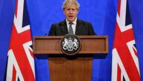 Boris Johnson durante la rueda de prensa que ha ofrecido en Londres.