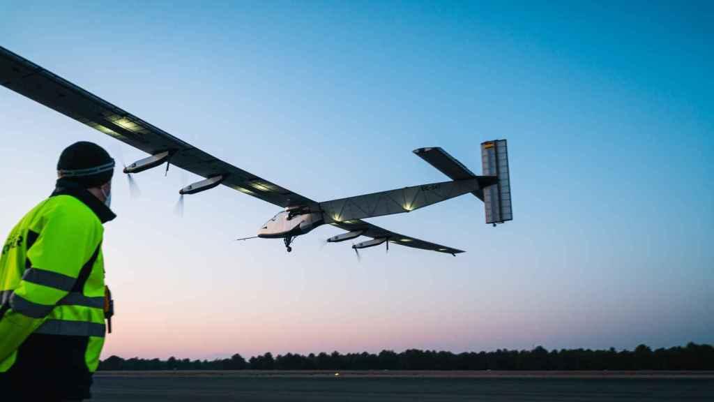 Avión Solar Impulse 2 de Skydweller