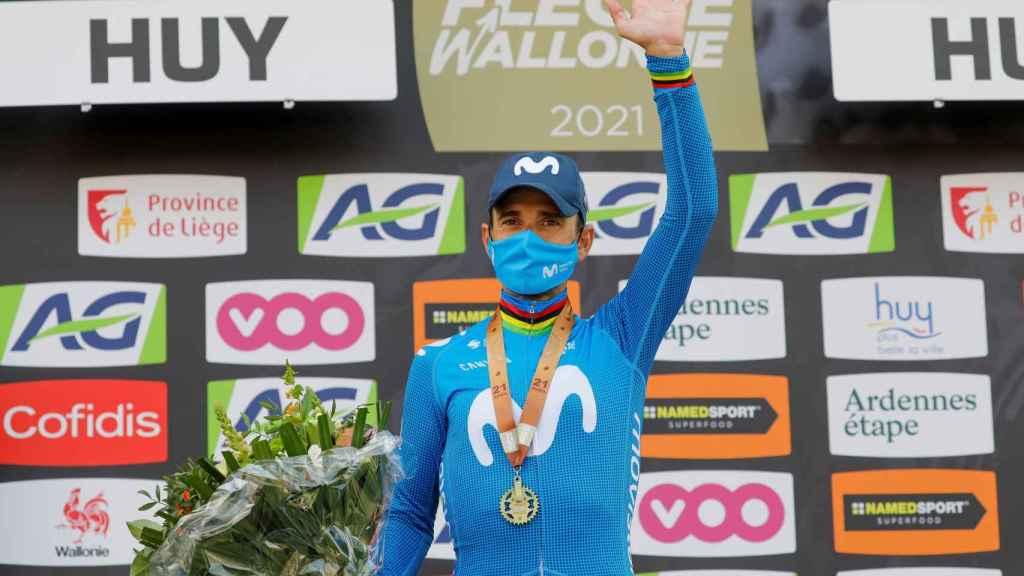 Alejandro Valverde, en el podio de la Flecha Valona de 2021
