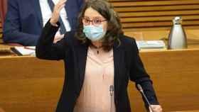 Mónica Oltra, en su comparecencia de este miércoles en 'Les Corts Valencianes'. EE