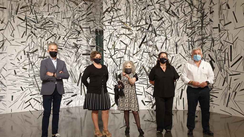 Pilar Tébar, segunda derecha, vuelve al Instituto Gil-Albert tras ser subdirectora del departamento de Arte y Comunicación Visual.