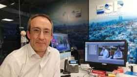 Quién es Alfonso Egea, el escritor y periodista invitado a 'Pasapalabra'