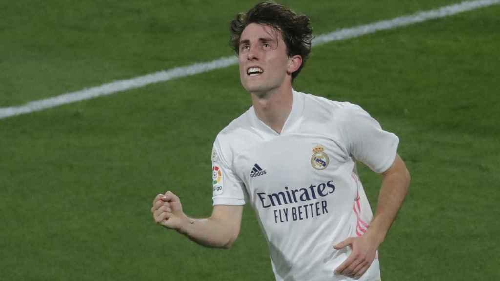 Odriozola celebra su gol al Cádiz