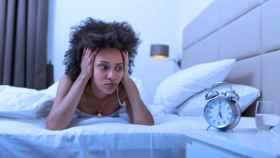 mujer sin dormir