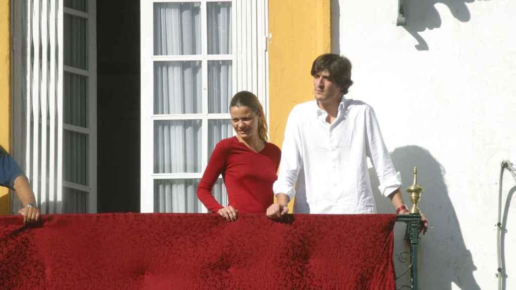 Luis Medina junto a Alejandra Rojas en una imagen de 2005.
