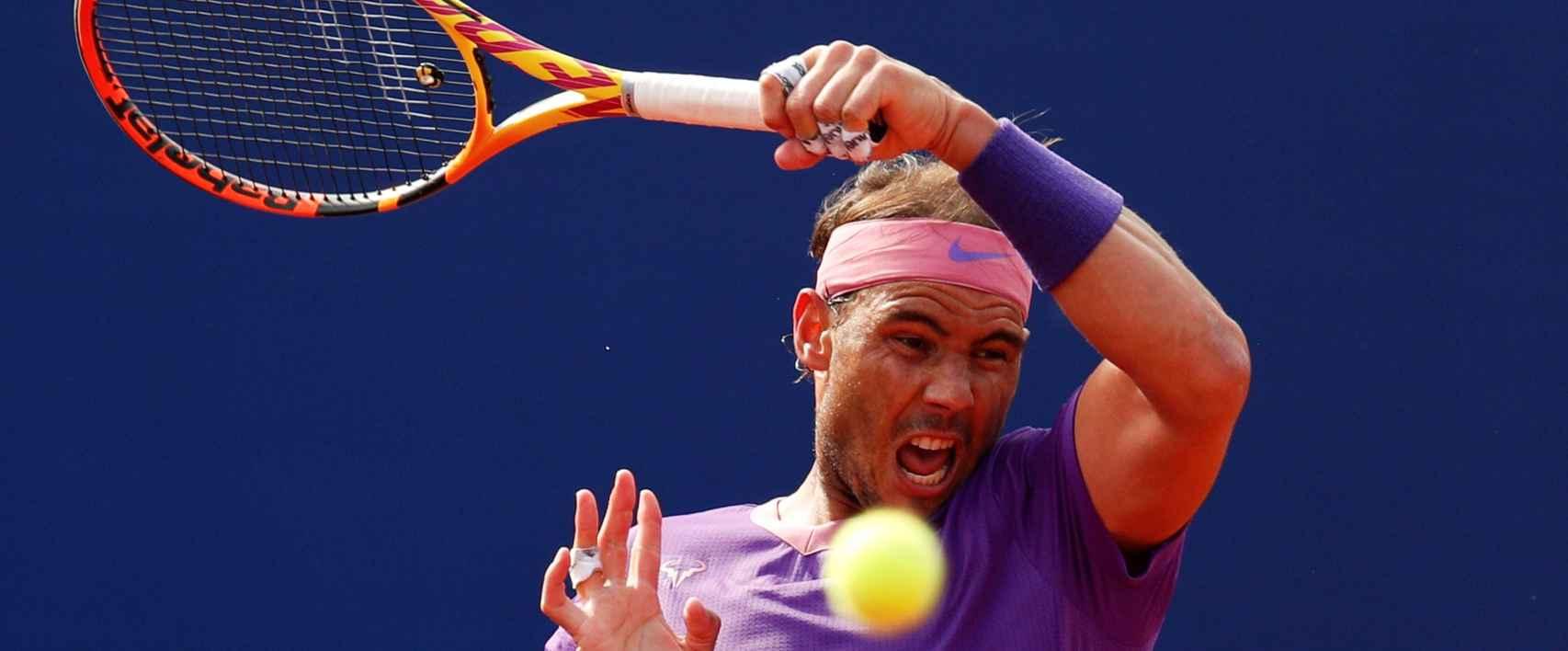 Rafa Nadal, en el partido ante Kei Nishikori en el Torneo Conde de Godó de 2021