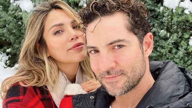 Imágenes del día: el apasionado beso de David Bisbal y Rosanna Zanetti que está siendo muy criticado