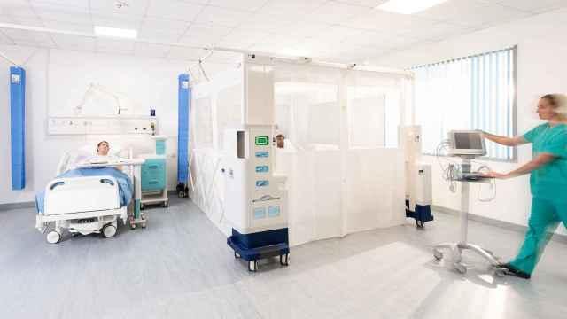 La unidad portátil Rediroom, diseñada por Gama Healthcare, permite aislar a pacientes con enfermedades infecciosas.