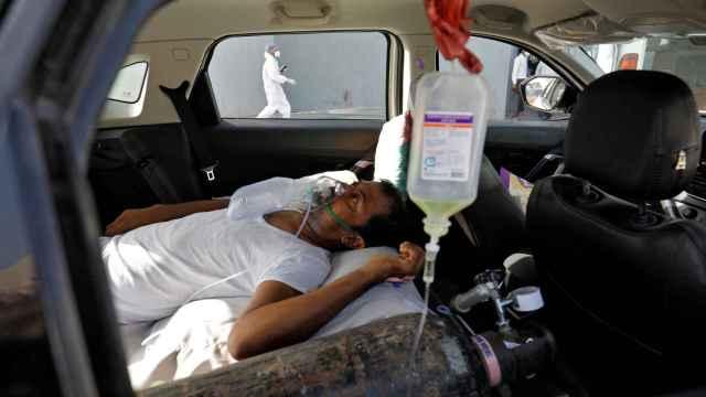 El país enfrenta graves necesidades de medicinas y oxígeno.