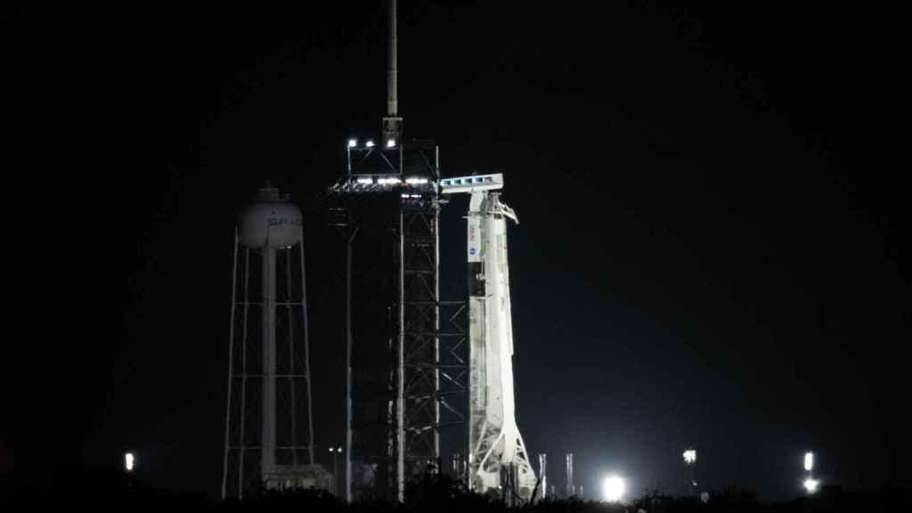 Falcon 9 y cápsula Dragon