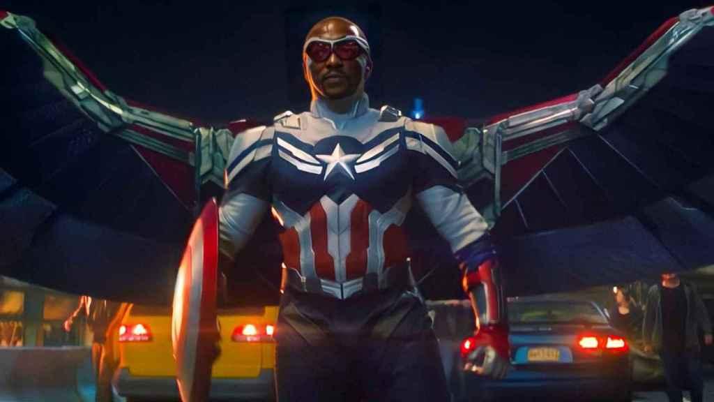 Sam Wilson ya es el nuevo Capitán América.