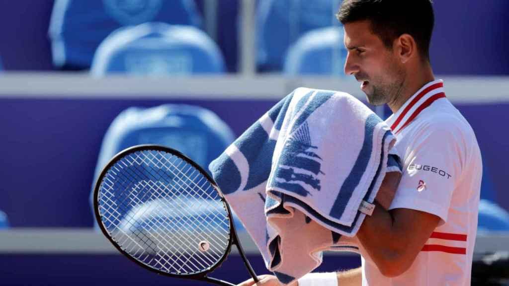 Djokovic durante un partido en Serbia