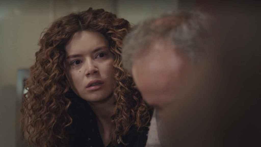 Avance en fotos del nuevo capítulo de 'Mujer': ¿Ha muerto también Enver?