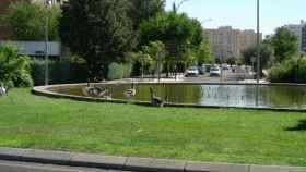 Una fotografía de la 'rotonda de los patos' publicada por la Asociación de Vecinos 'El Tajo'