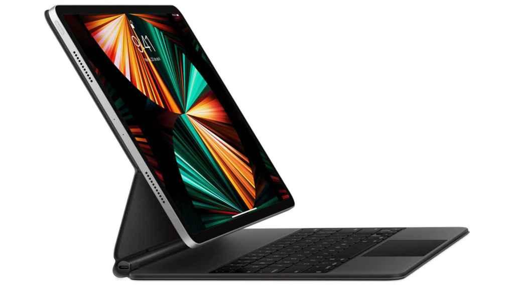 El nuevo iPad Pro de 12,9 pulgadas con el nuevo Magic Keyboard