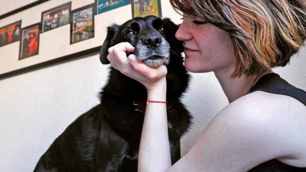 Sofía ha conseguido la custodia compartida de su perro, Bruno.