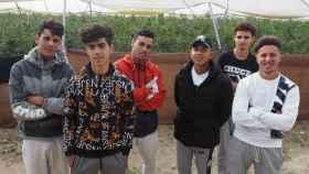 Seis de los ocho chicos marroquíes con los que EL ESPAÑOL se entrevistó este pasado jueves.