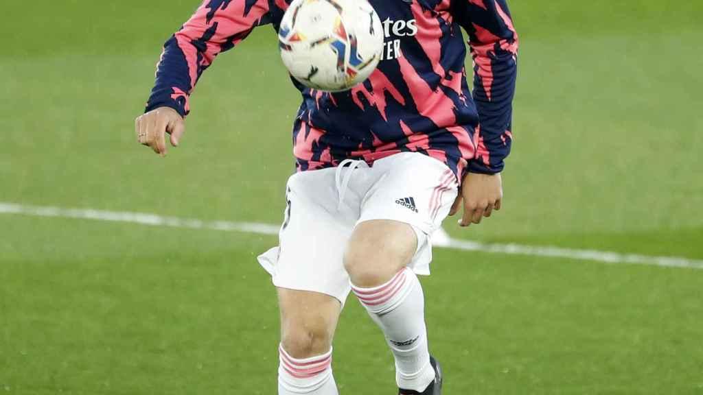 Nacho Fernández, con el balón