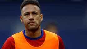 Neymar, antes de un partido con el PSG